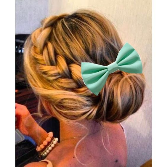 I'm doing edits like this! Just comment what color bow and what type of hairstyle! Also comment where you want the bow.