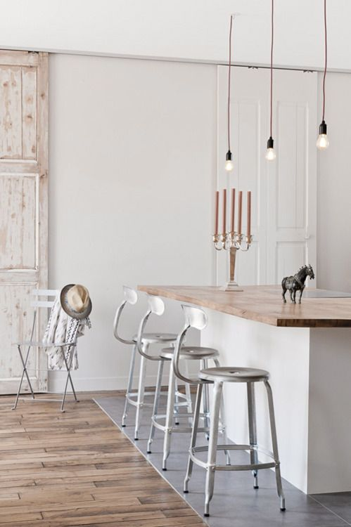 counter stools?: Interior Design, White Wood, Living Room, Kitchen Bars, Kitchen Design, Bar Stools
