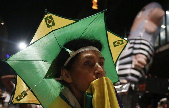 Manifestante antigoverno na Paulista no dia 4.