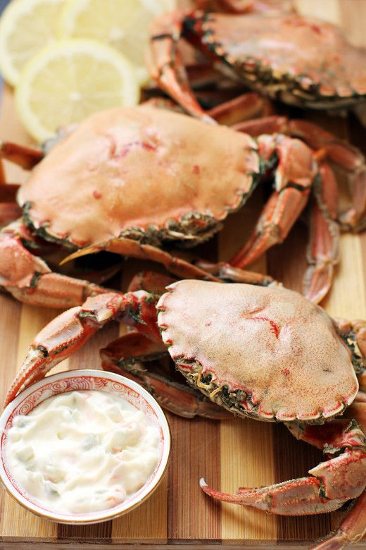 Boiled Crabs with Fennel-Lemon Tartar Sauce