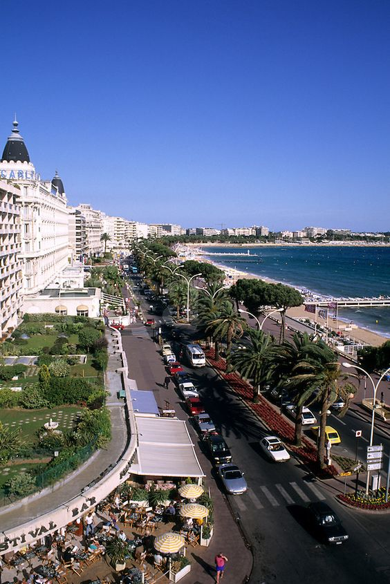 Scenic Boulevard La Croisette in Cannes, France