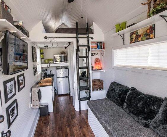 Una ideal genial para pequeños espacios: poner la cama en alto.