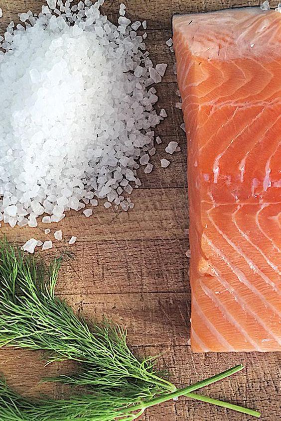 La versatilidad del salmón. Marinado con eneldo. © Cortesía de Libélula Catering.