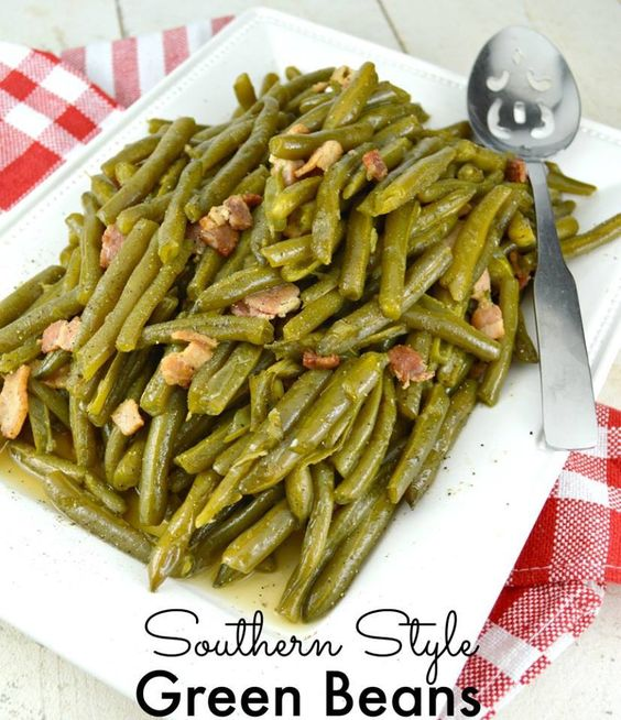 ❤️SOUTHERN STYLE GREEN BEANS❤️ Southern Style Green Bean. Cooked low and…