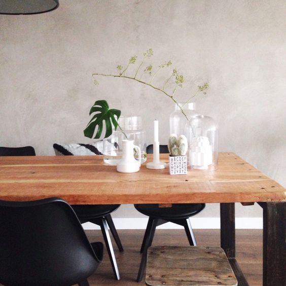 woonkamer - Onze eetkamer tafel lekker groot waar we lang aan kunnen ...
