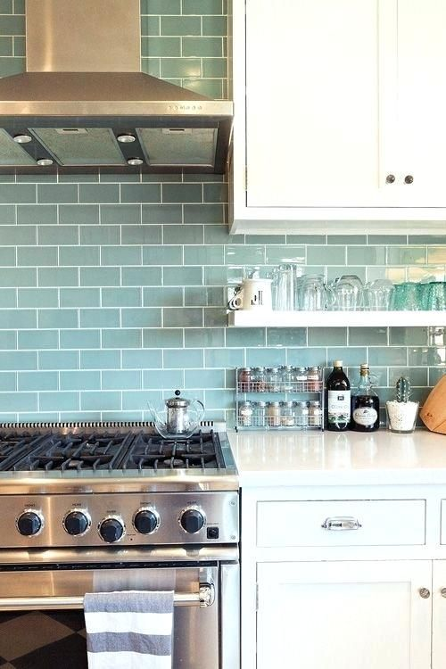 Image Result For Kitchen White With Teal Backsplash Uniquebacksplashawesome Trendy Kitchen Tile Kitchen Inspirations Kitchen Design