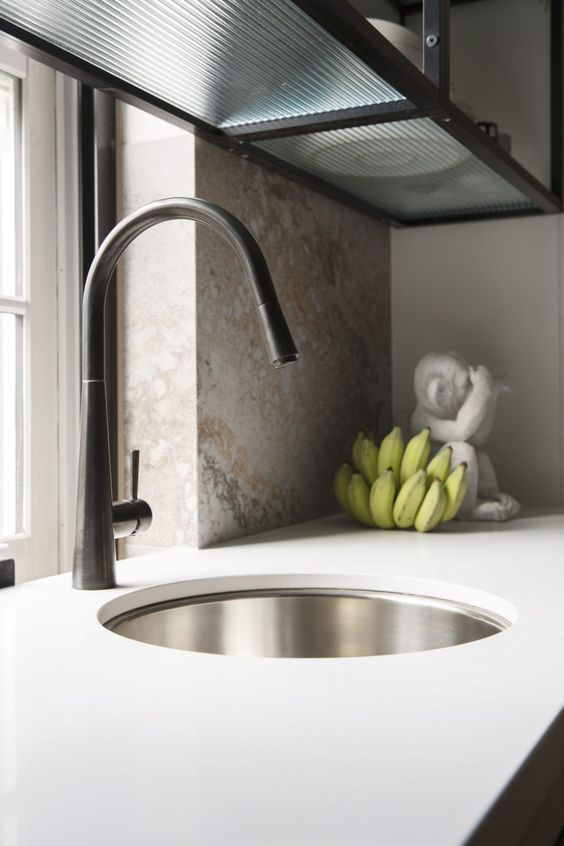 Choosing A Kitchen Sink To Fit Your Kitchen 8 Round Kitchen Sink Best Kitchen Sinks Undermount Kitchen Sinks