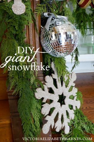 DIY Giant Glitter Snowflakes Christmas parties