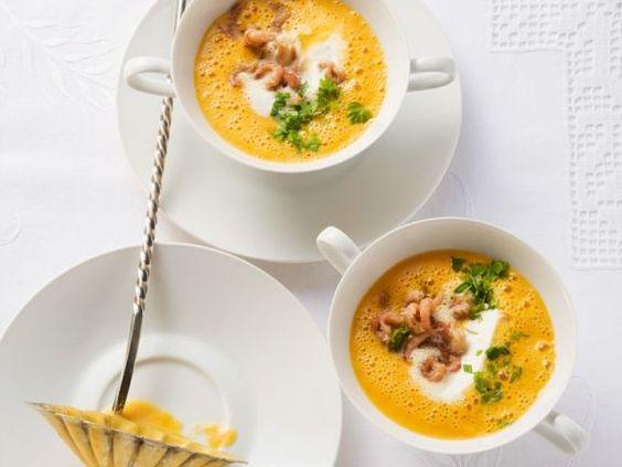 Krabbensuppe ist ein Rezept mit frischen Zutaten aus der Kategorie Garnelen. Probieren Sie dieses und weitere Rezepte von EAT SMARTER!