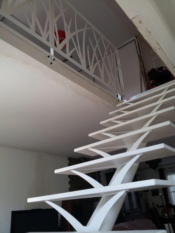 Escalier Blanc Limon Central Escalier Idees Escalier