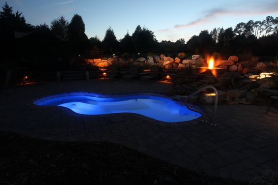 The vancouver spa san juan pools at night pinterest vancouver the o 39 jays and spas for Swimming pool supplies vancouver