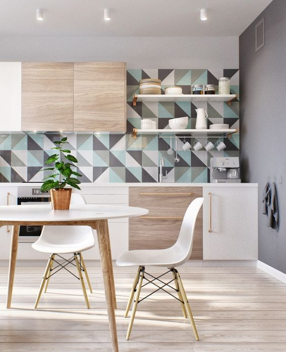 Graue Wandfarbe, Schrankfronten In Weiß Und Holz Und ... Dunkelgraue Wandfarbe Mit Muster