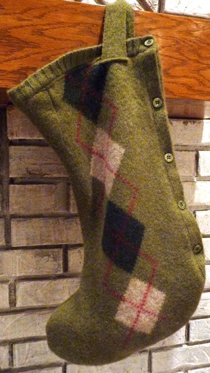Recycled sweater stocking; love the argyle pattern (and the cabled one on the blog too). (tutorial):