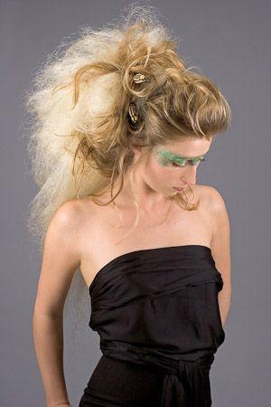 rock 39 n roll coiffure de mariage cheveux longs. Black Bedroom Furniture Sets. Home Design Ideas