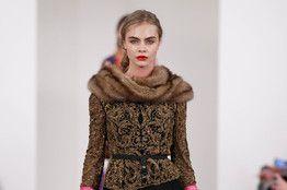 As Fashion Week Approaches, Tweeting Runway Models Drop the Pose - WSJ.com