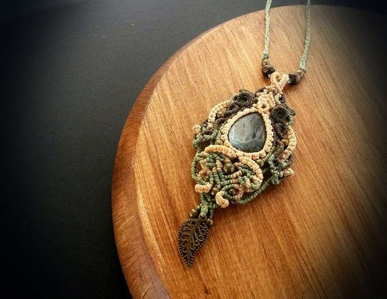 Hey, I found this really awesome Etsy listing at https://www.etsy.com/pt/listing/246246006/macrame-necklace-with-chrysocolla