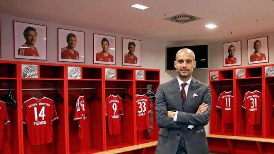 Claudio Pizarro, Toni Kroos, Mario Mandzukic, Mario Gomez, Xherdan Shaqiri und Bastian Schweinsteiger. Hier hängen sie noch hinter Pep Guardiola in der Kabine, jetzt sind sie weg