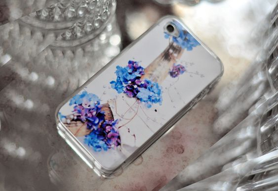 Jazz up Your Clear iPhone Case by lovemaegan