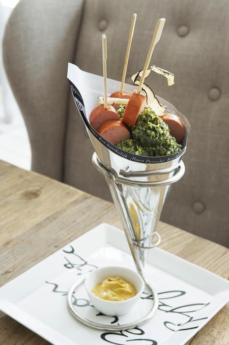 €9,95 Paper Cone Stand #living #interior #rivieramaison:
