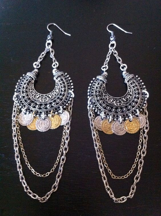 The Belly Dancers Jewelry Trends