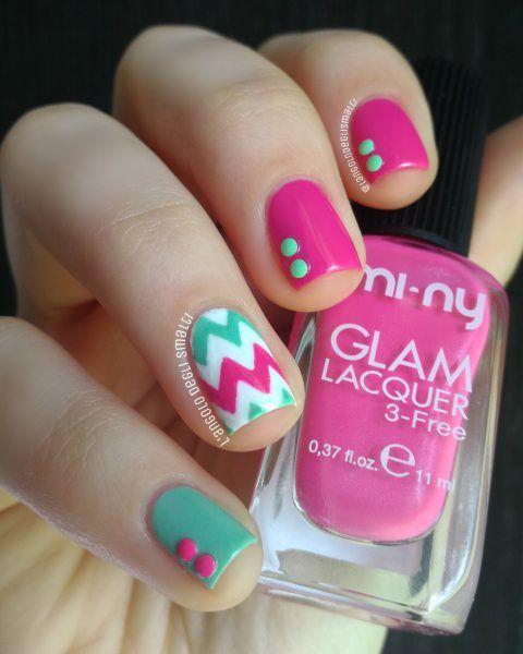 Aqua&Pink Spring Chevron Nail Art