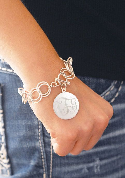 This beautiful Hampton Bracelet is 7.5 length, toggle closure, and sterling silver plated. This bracelet is beautifully handcrafted and engraved. Perfect for Mother's Day, birthdays, bridesmaids, or just because! Price includes Single Initial or 3 Letter Monogram in Font of Your Choice.