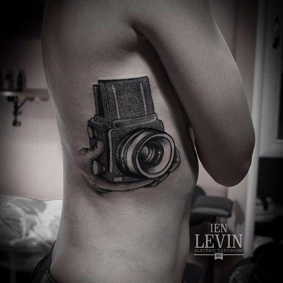 La photo dans la peau... Tattoo by Ien Levin