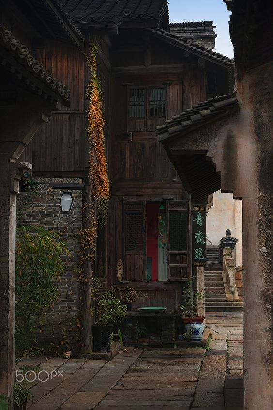 Street Photography : Art Corridor_148 by yadesign https://t.co/hwBFKdtJ9u | #streets #photography #photos #500px https://t.co/znJQrQUxXk  #photography