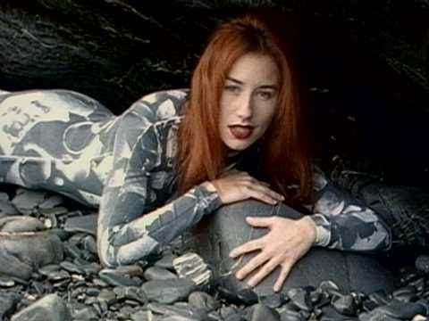 ▶ Tori Amos - China - YouTube