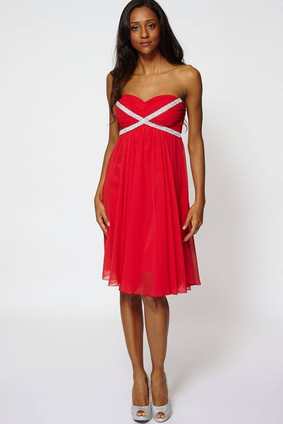 "Draped Embellished Top Strapless Pleated Swing Dress  Key Features Include:  Draped Diamante Cross Detail Top Padded Bra Top High Waist Dress With Shirred Back Panel Detachable And Adjustable Straps  Material: 100% Polyester  Measurements: Model is 5'7"" and wears a size Small (UK 8/10) Chest across one side approx 35cm Length from top to hem 78cm"