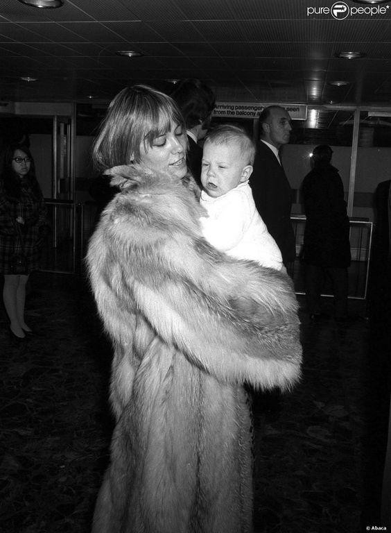 Furry Yummy Mummy: Anita Pallenberg with daughter Angela Richards (born 1972)