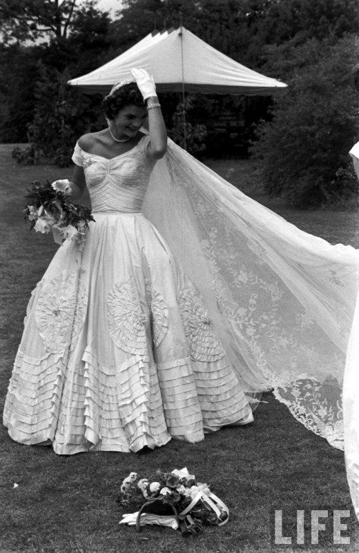 Jacqueline Bouvier Kennedy Wedding ~ 1953. So pretty!