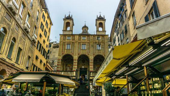 https://flic.kr/p/MALAen | Genova | #genes #genova #vespa #italia #italie #roadtrip #worldtrip #hitchhiking #eglise #church #chiesa