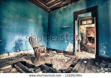 Old house by Nelson garrido Silva, via Shutterstock
