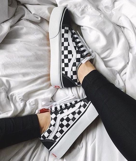 Awesome black and white sneakers