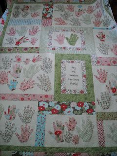 Family handprints quilt: Summer Quilting, Comfy Quilts, Beautiful Quilts, 2014 Quilts, Summer Quilts, Amazing Quilting, Blankets Quilts, Family Quilt, Handprint Quilt