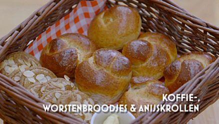 Heel Holland Bakt: Koffiebroodjes, worstenbroodjes en anijskrollen