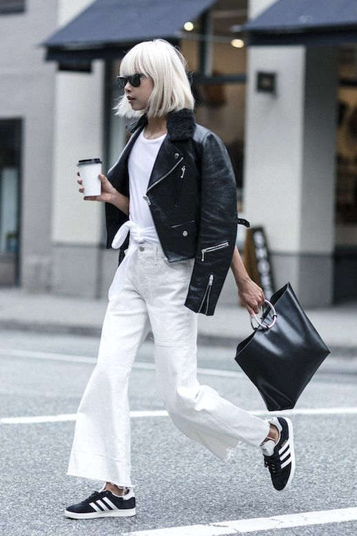 A Casual Cool Way To Wear White Jeans For Fall