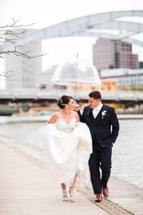 Love The Rochester Skyline In This Photo Jenny Berliner Photography Rochesternywedding Upstatenyweddi Upstate Ny Wedding Ny Wedding Finger Lakes Wedding