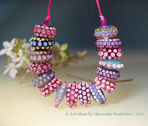 Handmade Lampwork Art-Glass Bead Set (16) in shades of Pink, the Beads are decorated with lots of these multi-color layered tiny dots | Dia:14 - 16 mm, with total length of set 10cm - by 'MauelaWutschke' on Etsy ♥≻★≺♥