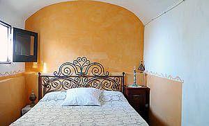 Ferienhaus: Casa del Toro in Tovere di Amalfi - Schlafzimmer zum Träumen. www.amalfi-ferien.de