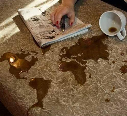 تفسير دلق القهوة لابن سيرين وابن شاهين موقع مصري Decorative Tray Decor Home Decor