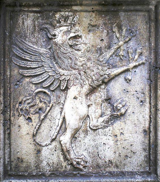 Griffin_of_Perugia.jpg (683×773)