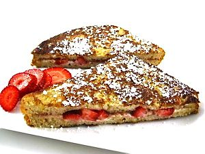 Skinny Strawberries and Cream Stuffed French Toast