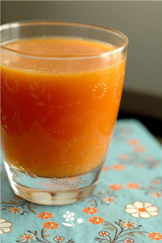 Jus d tox carotte fenouil pomme gingembre citron vert les boissons froides recettes aux - Recette jus detox ...