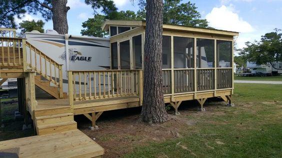Porch on a camper screen porches pinterest porches for Portico anteriore a trave aperta