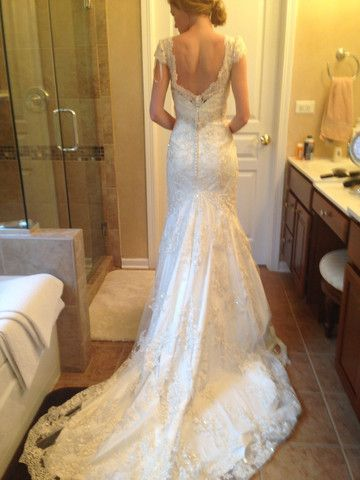 Pinterest the world s catalog of ideas for Nearly new wedding dresses