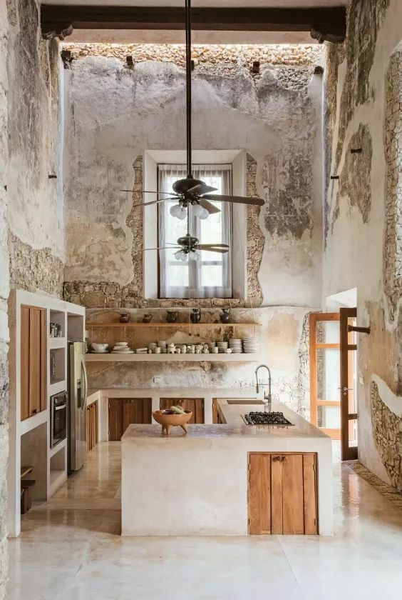 Stunning Kitchen Love The High Ceiling And Distressed Walls Original Source Unknown Rustic Kitchen Design Home Decor Trends Rustic Kitchen
