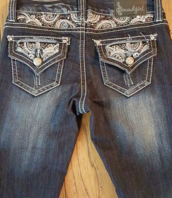 SOUNDGIRL EMBELLISHED/BLING/RIPPED BOOTCUT SIZE 5 JEANS NWT #Soundgirl #BootCut #DressyEveryday