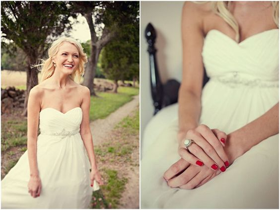 Red nail polish - such a perfect touch. Plus I love the sweetheart neckline.